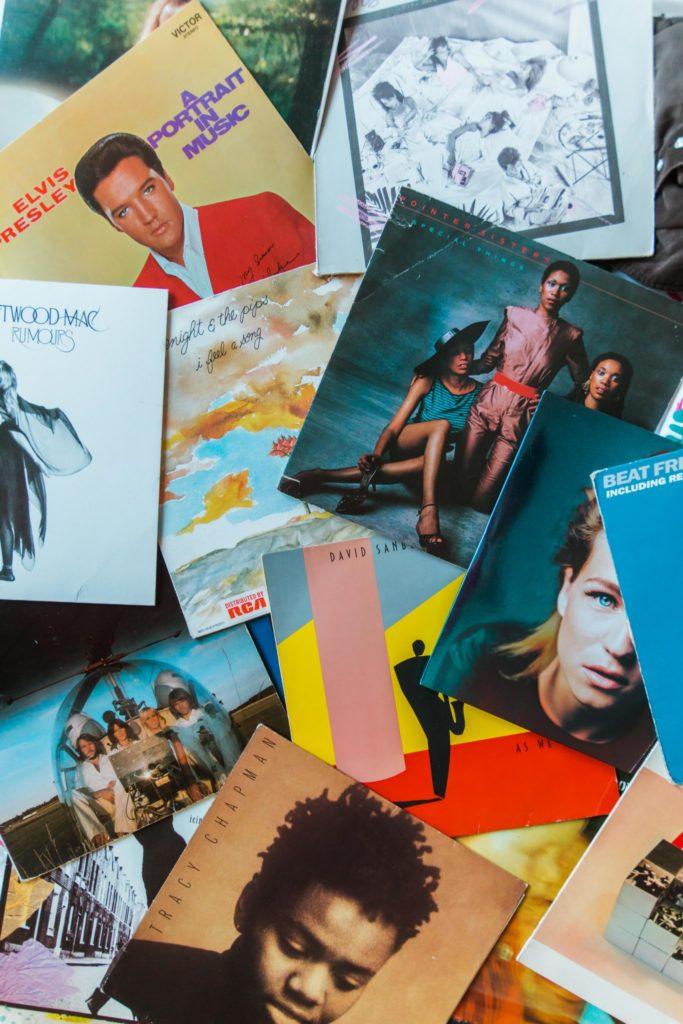 Koop muziekplaten bij de kringloopwinkel voor een prikkie