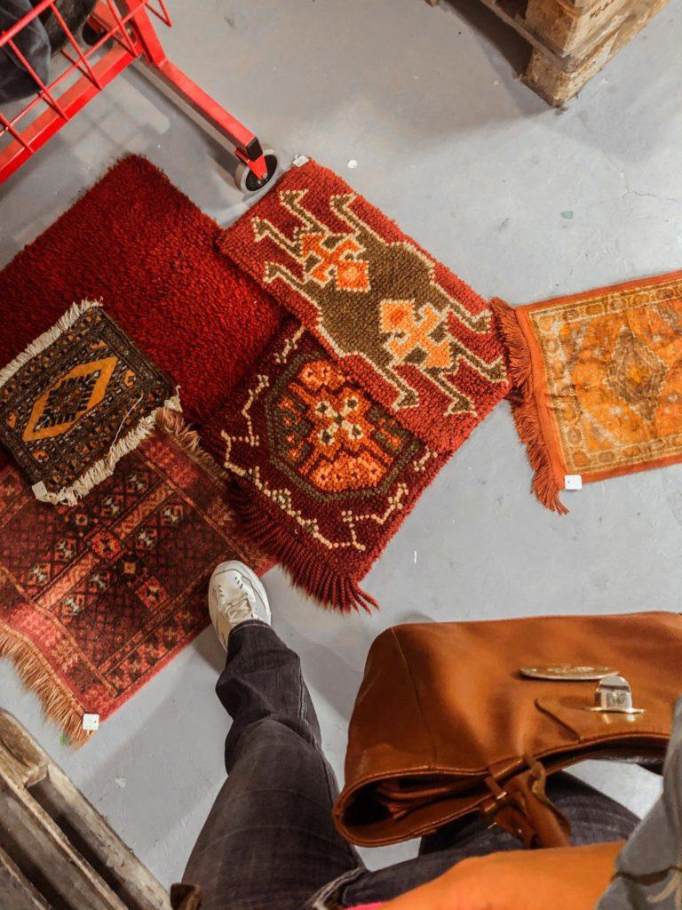 Vloerkleden en Perzische tapijten bij de kringloopwinkel