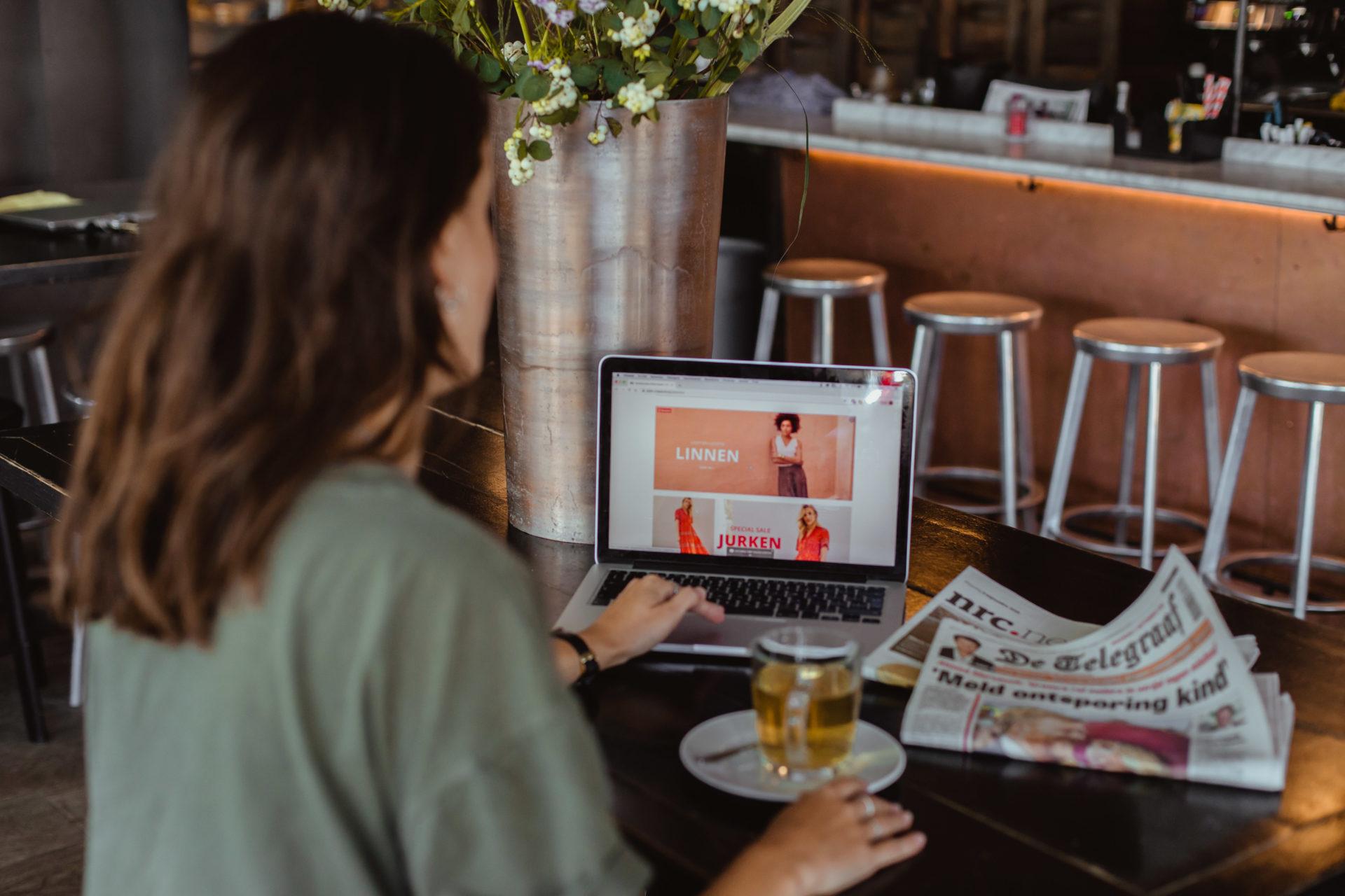 Warenhuis Peek & Cloppenburg heeft een online webshop