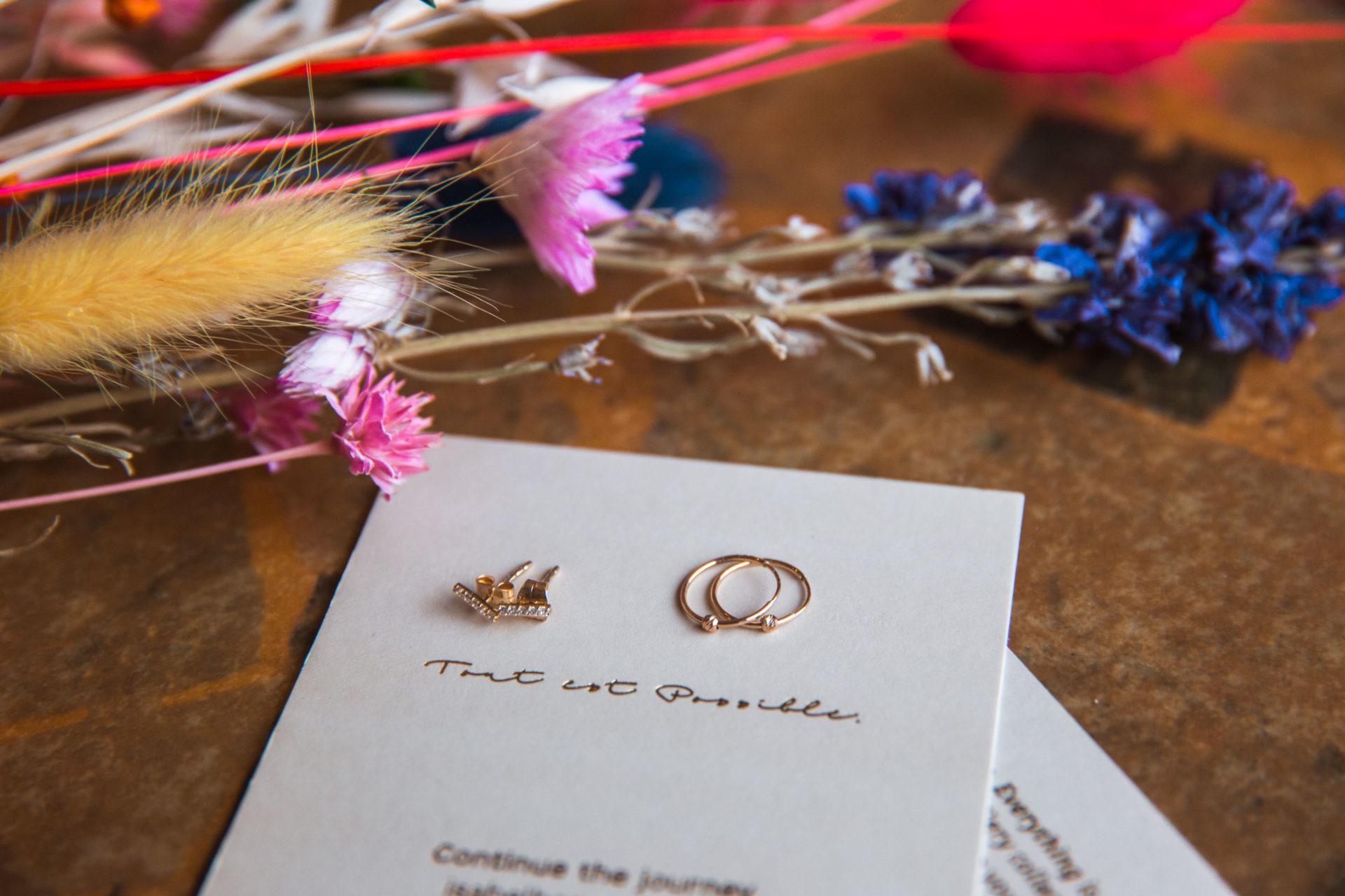 Gouden oorbellen van sieradenmerk Isabel Bernard