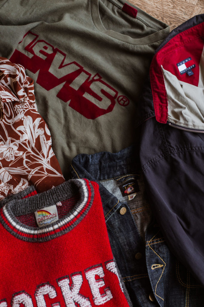 Hoe herken je het verschil tussen tweedehands en vintage kleding