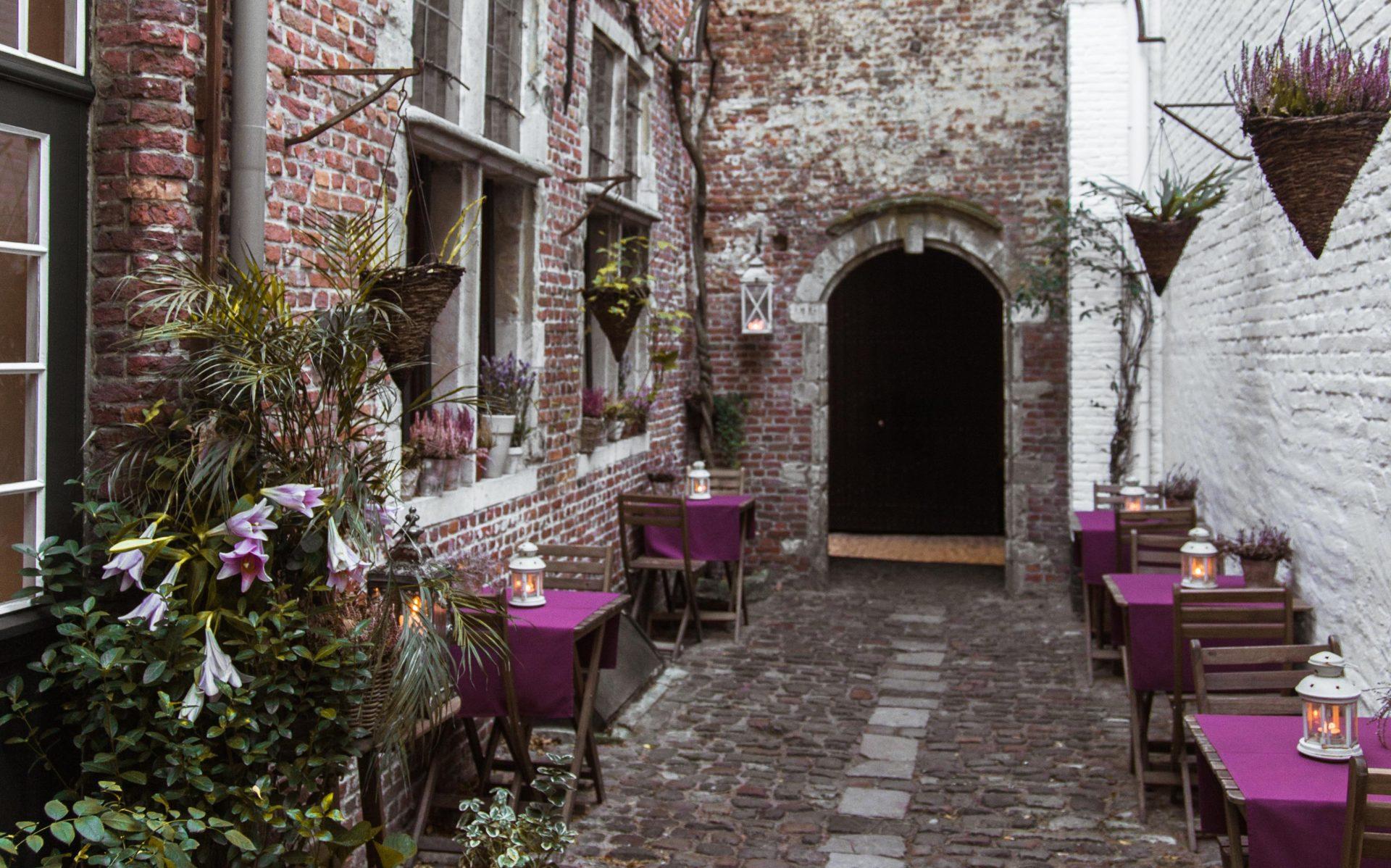 De geheime Vlaeykensgang in het historisch centrum van Antwerpen