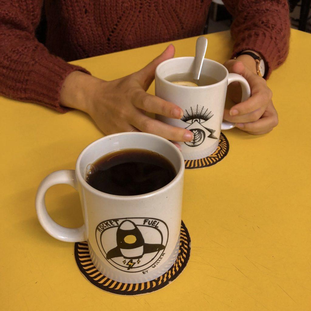 Koffiebar Black & Yellow op 't Eilandje