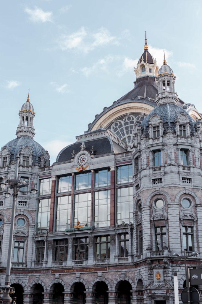 Vervoer naar en in Antwerpen - Trein