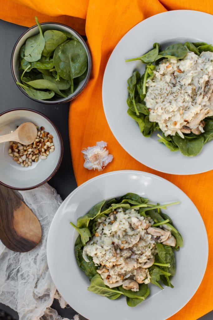 Risotto met spinazie, gemixte paddenstoelen en verse tijm - Recept
