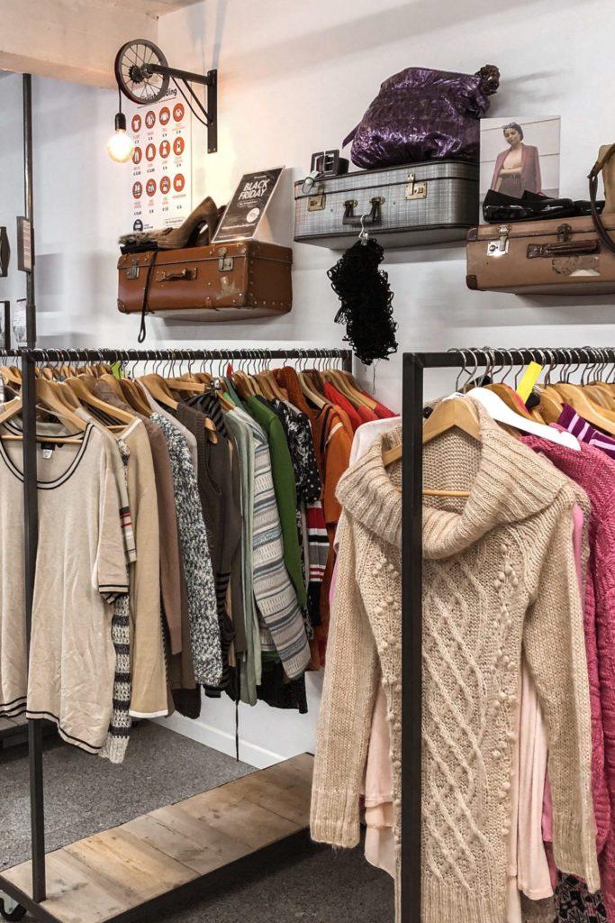 Tweedehands winkelen in Antwerpen: hier moet je zijn!